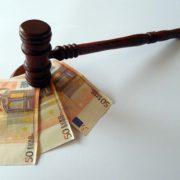 Arzt vor Gericht: falsche Fahreignungsgutachten in 101 Fällen